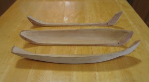 Another view of Mike's kunner model, this time disassembled, highlighting the 2 shells and the 3rd piece, the keel log.
