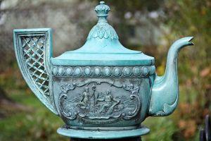 Frank Baldwin's teapot commemorating the Edenton Tea Party. Courtesy, Visit Edenton, Inc.