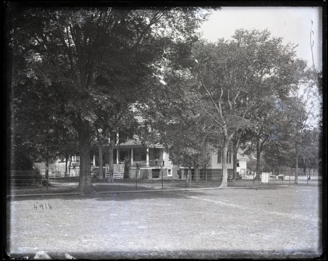 East side of the Capehart family's Avoca plantation house, circa 1877-1881.
