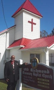 Church member Archie L. Green in front of the Old Richmond Missionary Baptist Church in Swan Quarter, N.C., 1916. Many civil rights meetings were held at the church in 1968-69. From http://www.ncgenweb.us/hyde/news/news2011_2017.htm