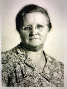 Wilhemina Van Rackel, Dutch immigrant. She immigrated to the U.S. in 1912 and was a florist in Dudley, a rural community in the southern part of Wayne County, N.C., when she registered as an alien in 1940. Courtesy, North Carolina Digital Library.