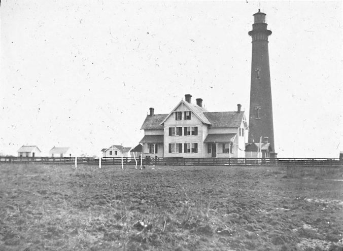 Currituck Beach Lighthouse and keeper's quarters, Corolla, N.C., ca. 1900. Image by Albert Ross, USN. Courtesy, Linda Garey