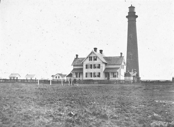 Currituck Beach Lighthouse and keeper's quarters, Corolla, N.C., ca. 1900. Image by Albert Ross, USN. Courtesy, Linda Garey