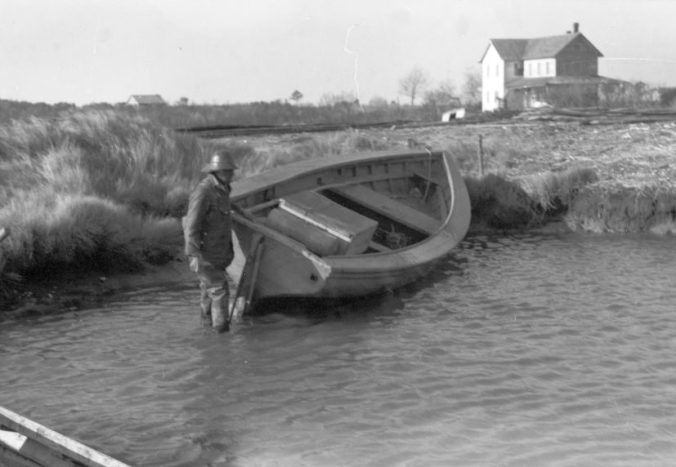 A shad boat at Wanchese, N.C., ca. 1938. Photograph by Charles A. Farrell. Courtesy, State Archives of North Carolina.