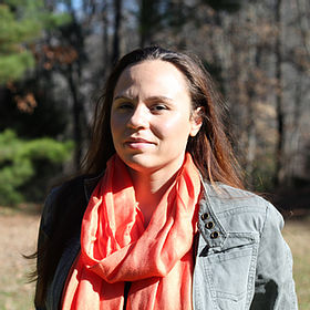Dr. Tracy Locklear is a scientist and environmental activist that works closely with communities seeking to re-establish healthy food traditions that support food security and sovereignty.