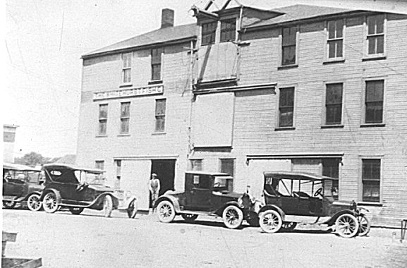 The Whitehurst Fishery building, Grand River, Ohio, ca. 1915-30. Courtesy, Giles Willis, Jr.