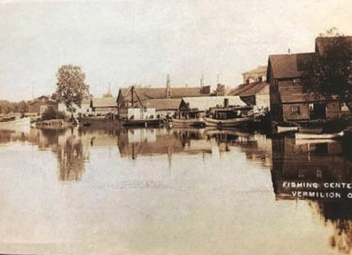 Fish house district on the Vermilion River, Vermilion, Ohio, early 20th century. Courtesy, Ritter Public Library. (The library's copy of this print came from Rich Tarrant's website Vermilion Views